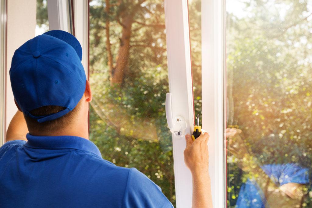 window world employee