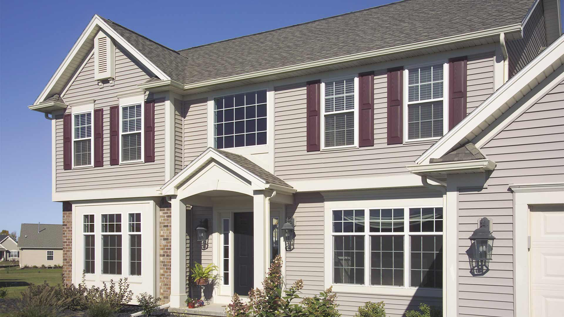 home with vinyl siding 4000 series reinforced finish